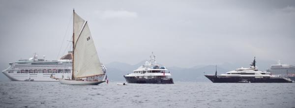 moonbeam of fife,voilier,hors bord,bateau,baie de cannes